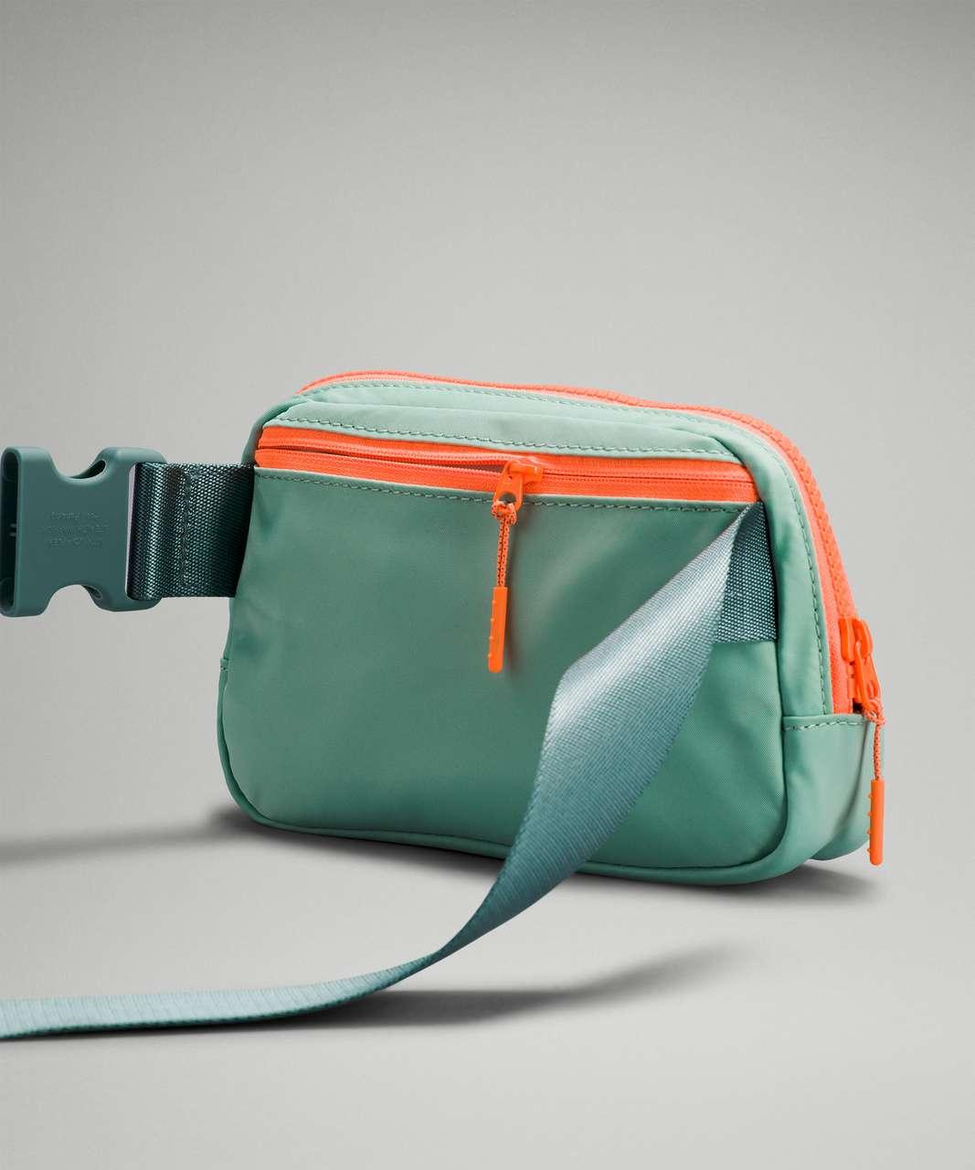 Lululemon Everywhere Belt Bag *1L - Arctic Green / Tidewater Teal