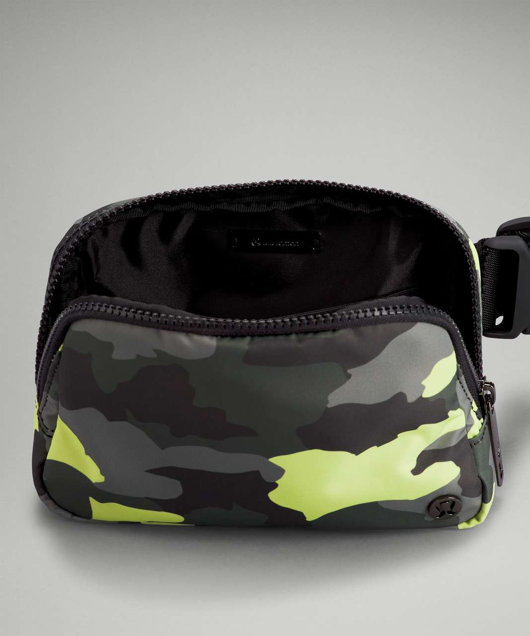 Lululemon Everywhere Belt Bag *1L - Heritage 365 Camo Neo Mint Multi / Black