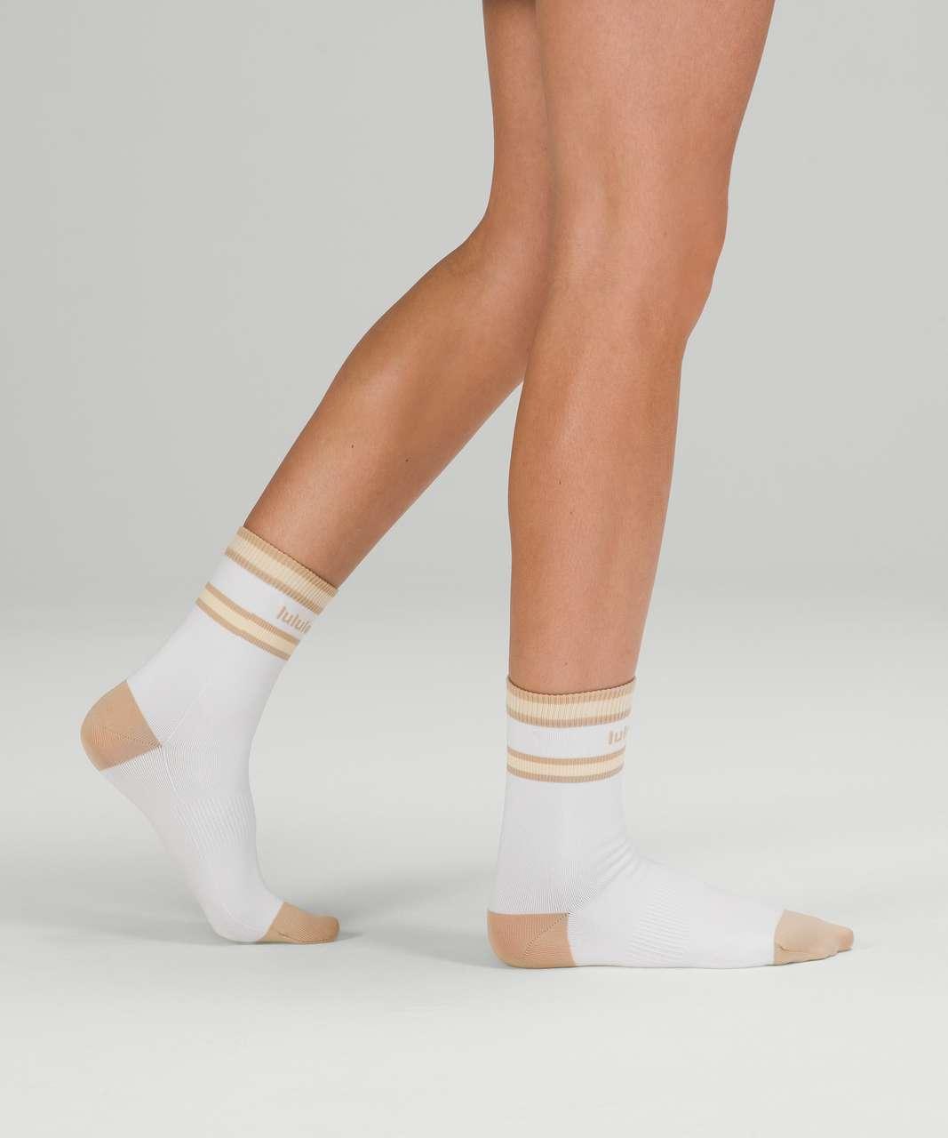 Lululemon Tale To Tell Quarter Sock*2 Pack - White / Trench / Lemon Chiffon