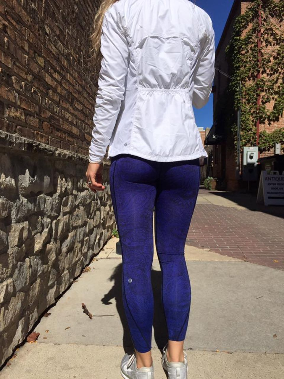 Lululemon Like Nothing 7/8 Tight - Antique Paisley Sapphire Blue Black
