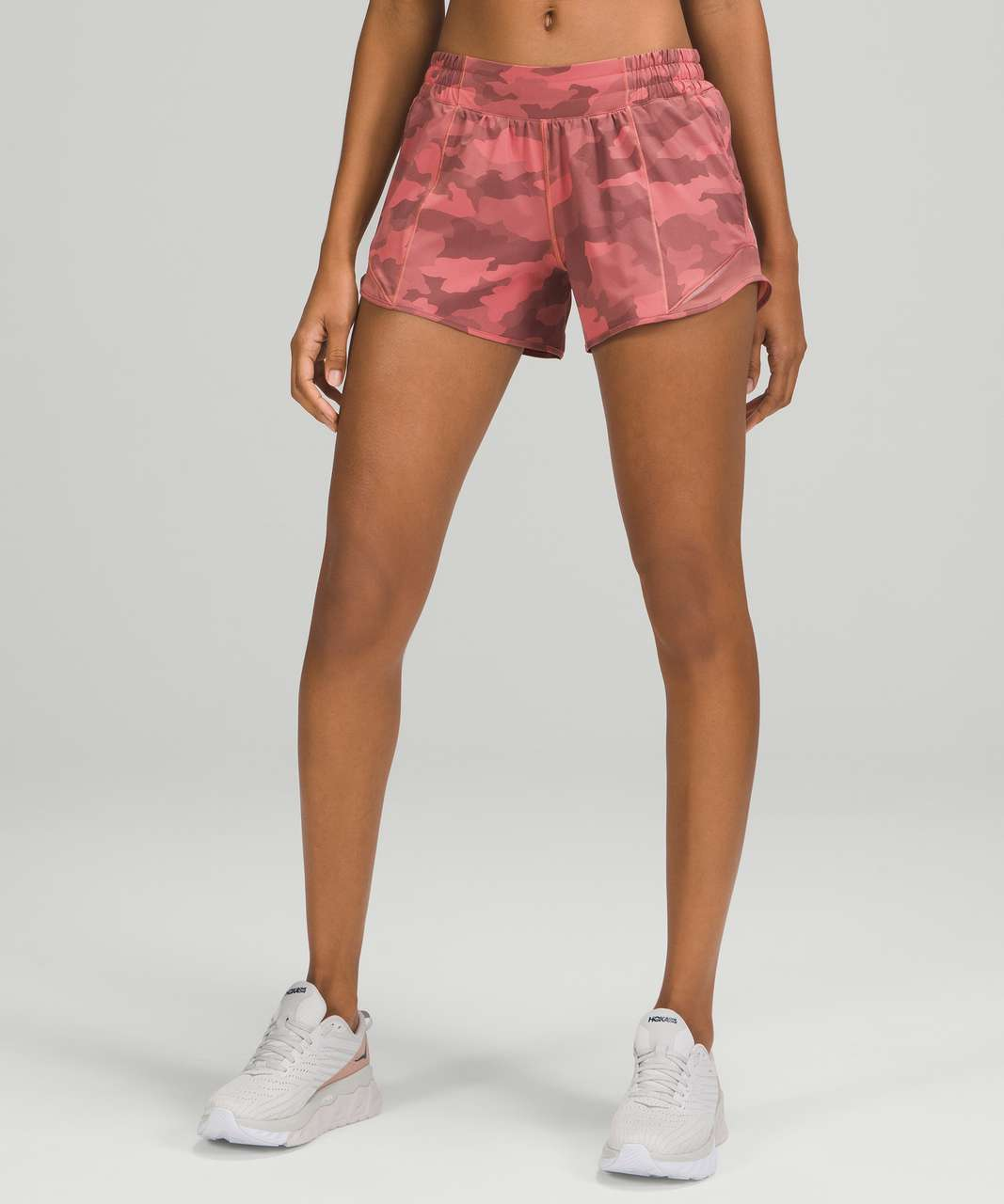 """Lululemon Hotty Hot Low Rise Short 4"""" - Heritage 365 Camo Brier Rose Multi / Spiced Chai"""