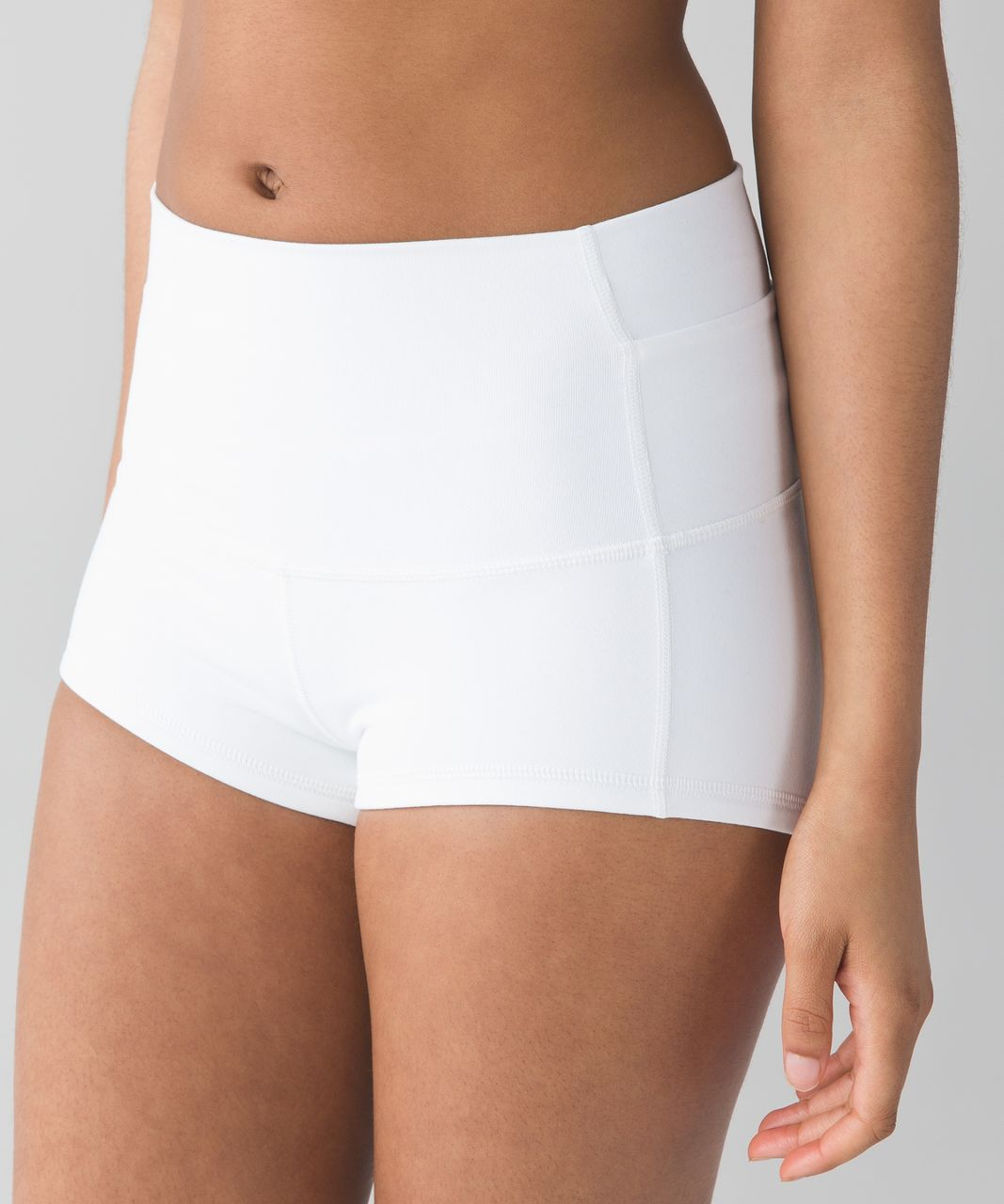 "Lululemon Wunder Short 2"" - White"