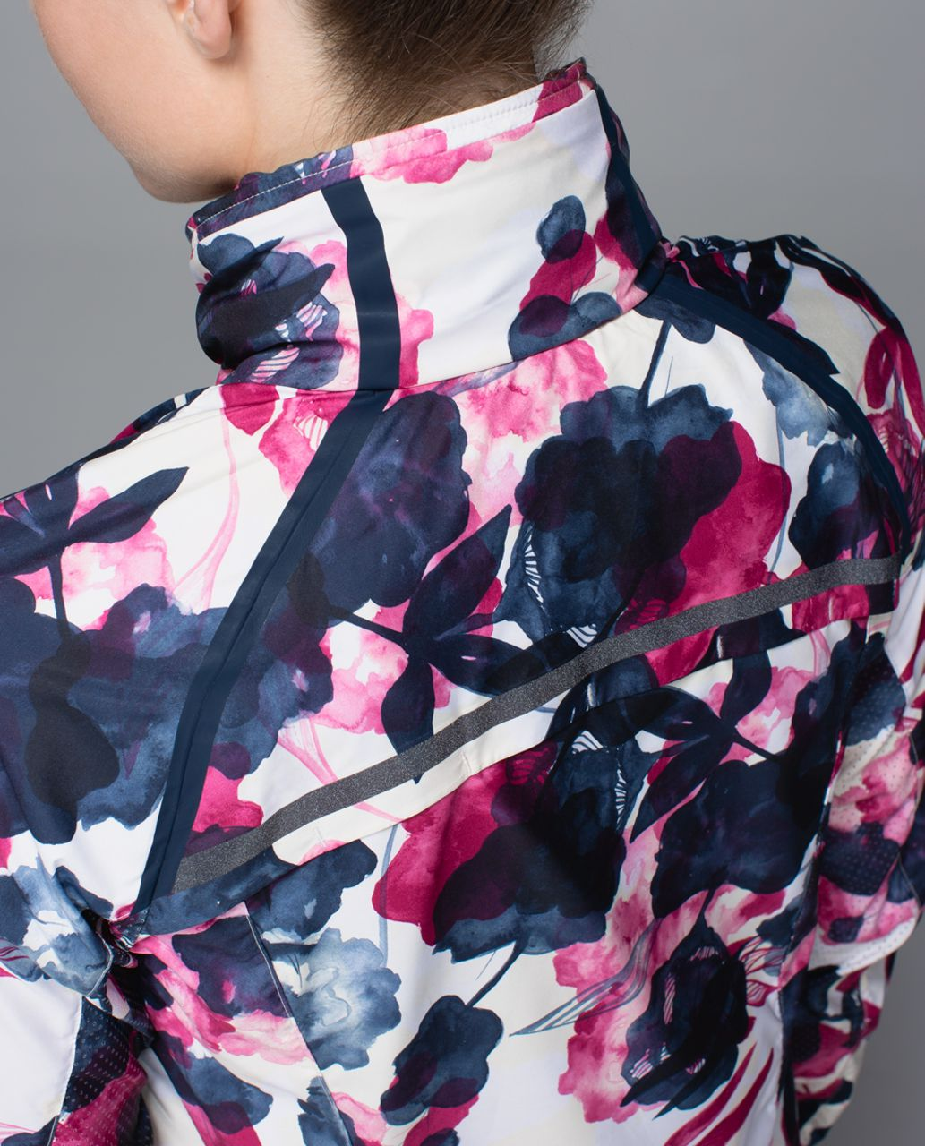 Lululemon Miss Misty Pullover - Inky Floral Ghost Inkwell Bumble Berry