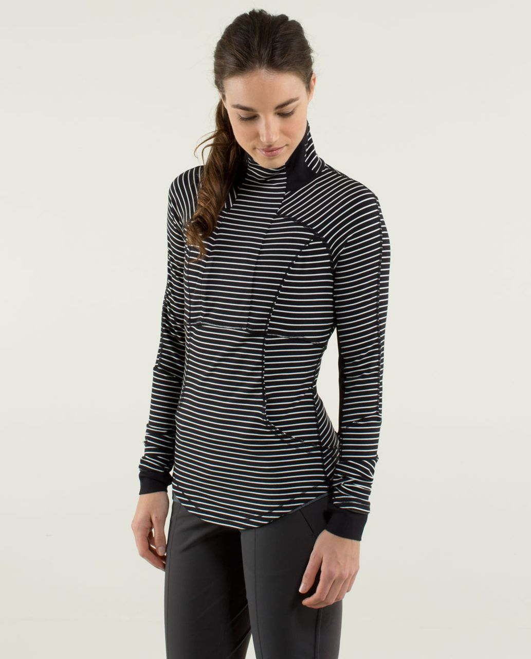 Lululemon Base Runner 1/2 Zip - Parallel Stripe Black White / Black