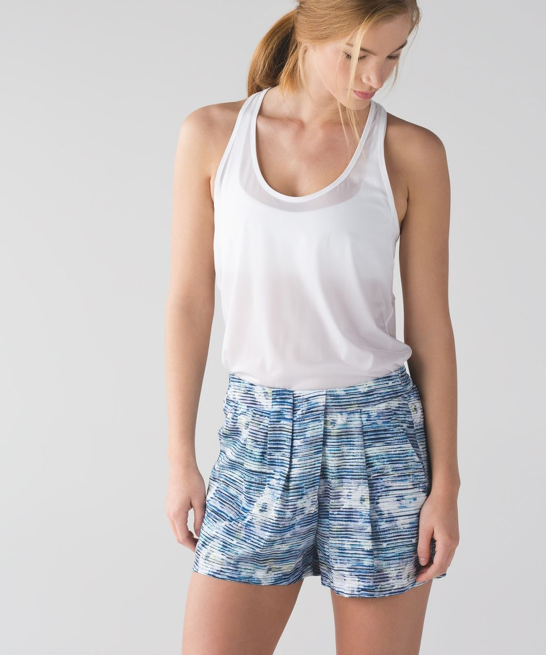 Lululemon &go Keepsake Short - Blurry Belle Multi