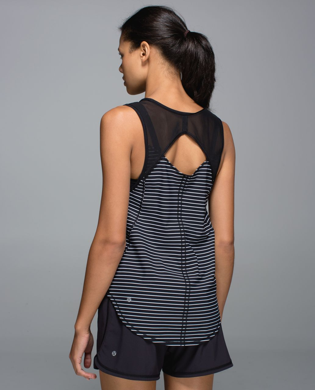 Lululemon Sculpt Tank - Parallel Stripe Printed Black White / Black
