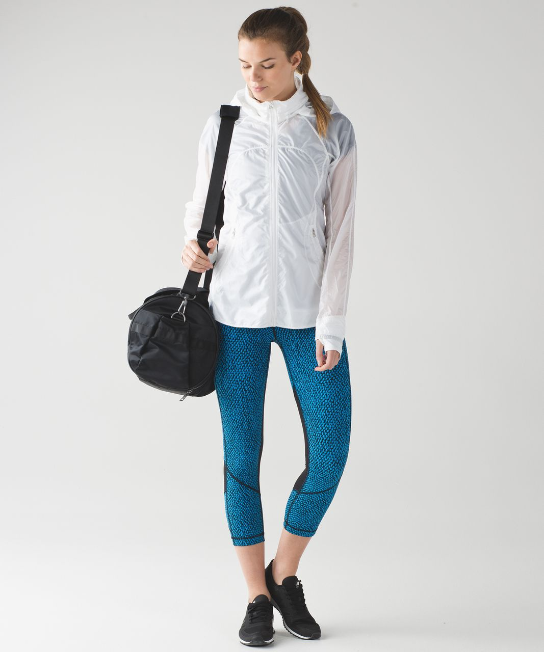 Lululemon Pace Rival Crop - Scatter Star Beach Blanket Blue Black / Black
