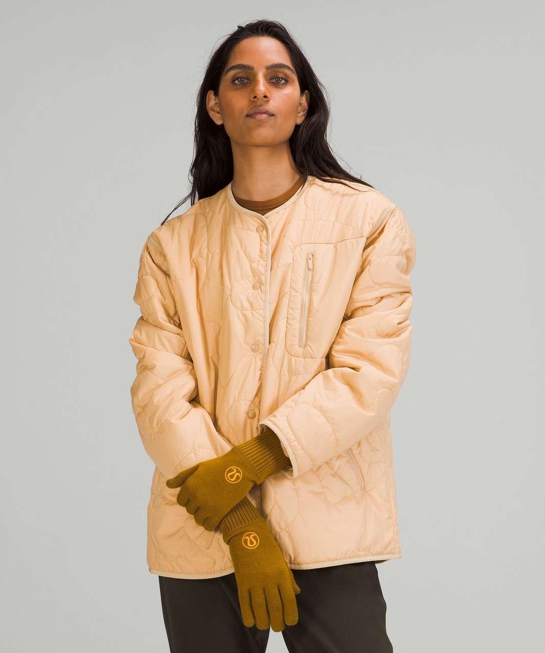 Lululemon Warm Revelation Gloves *Tech - Gold Spice