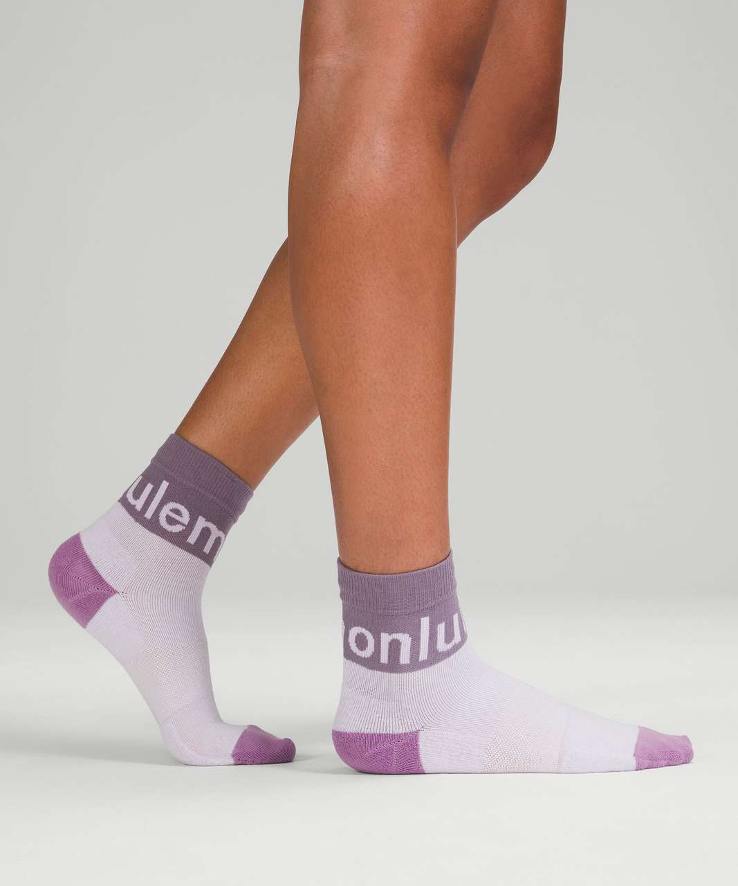 Lululemon Daily Stride Mid-Crew Sock - Dusky Lavender