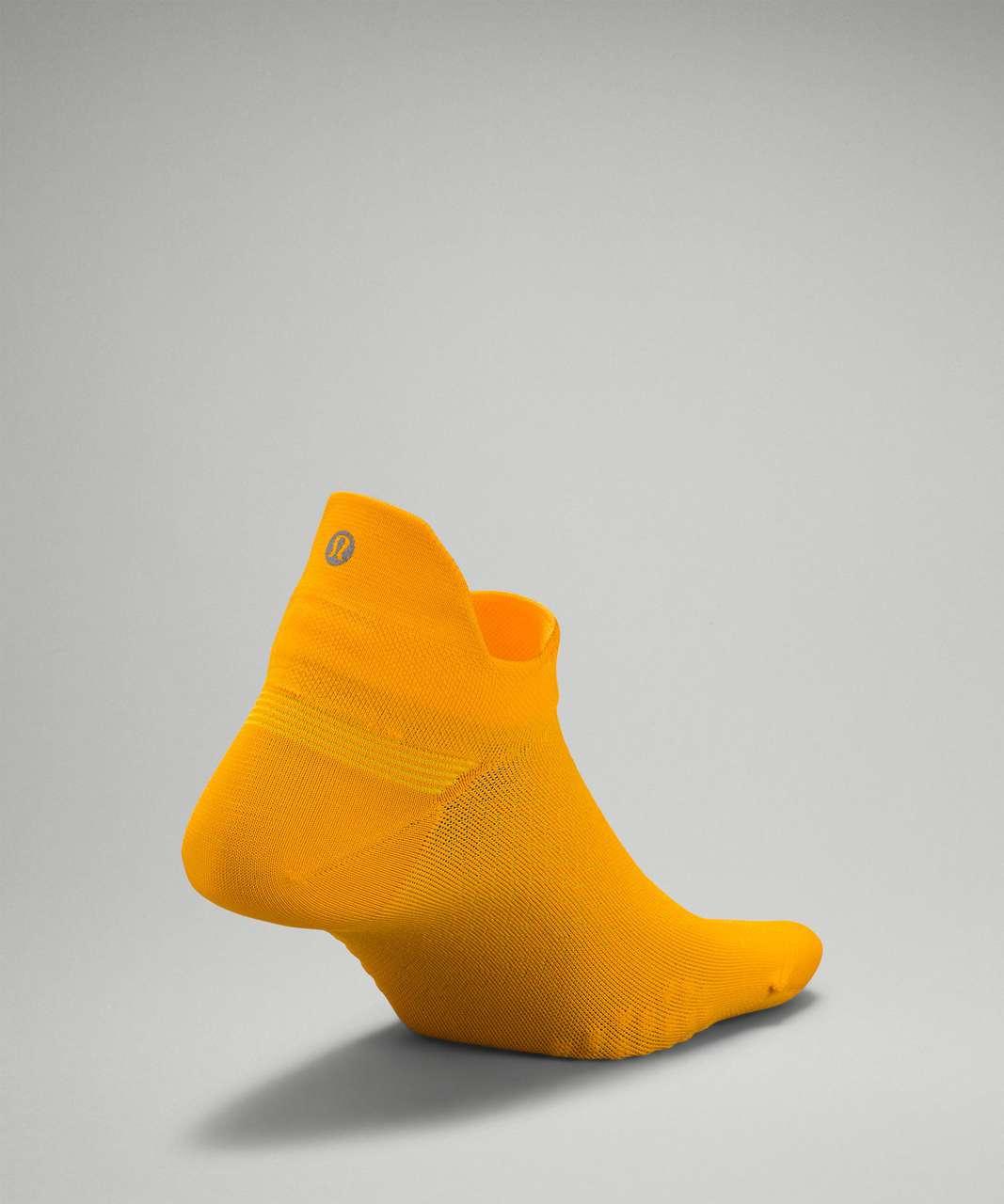 Lululemon MicroPillow™ Tab Run Sock *Light Cushioning - Clementine