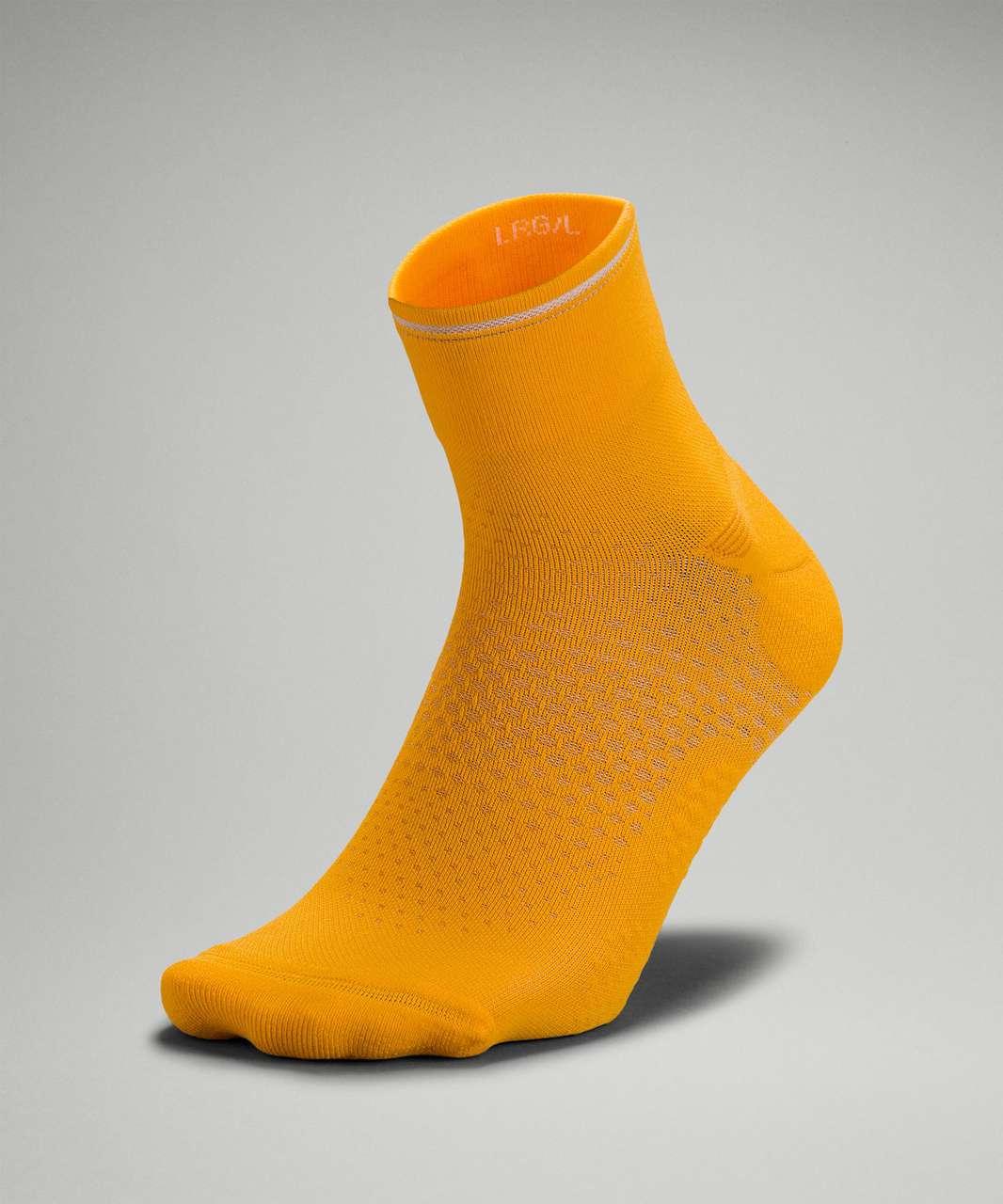 Lululemon MacroPillow Ankle Run Sock *Medium Cushioning - Clementine (First Release)