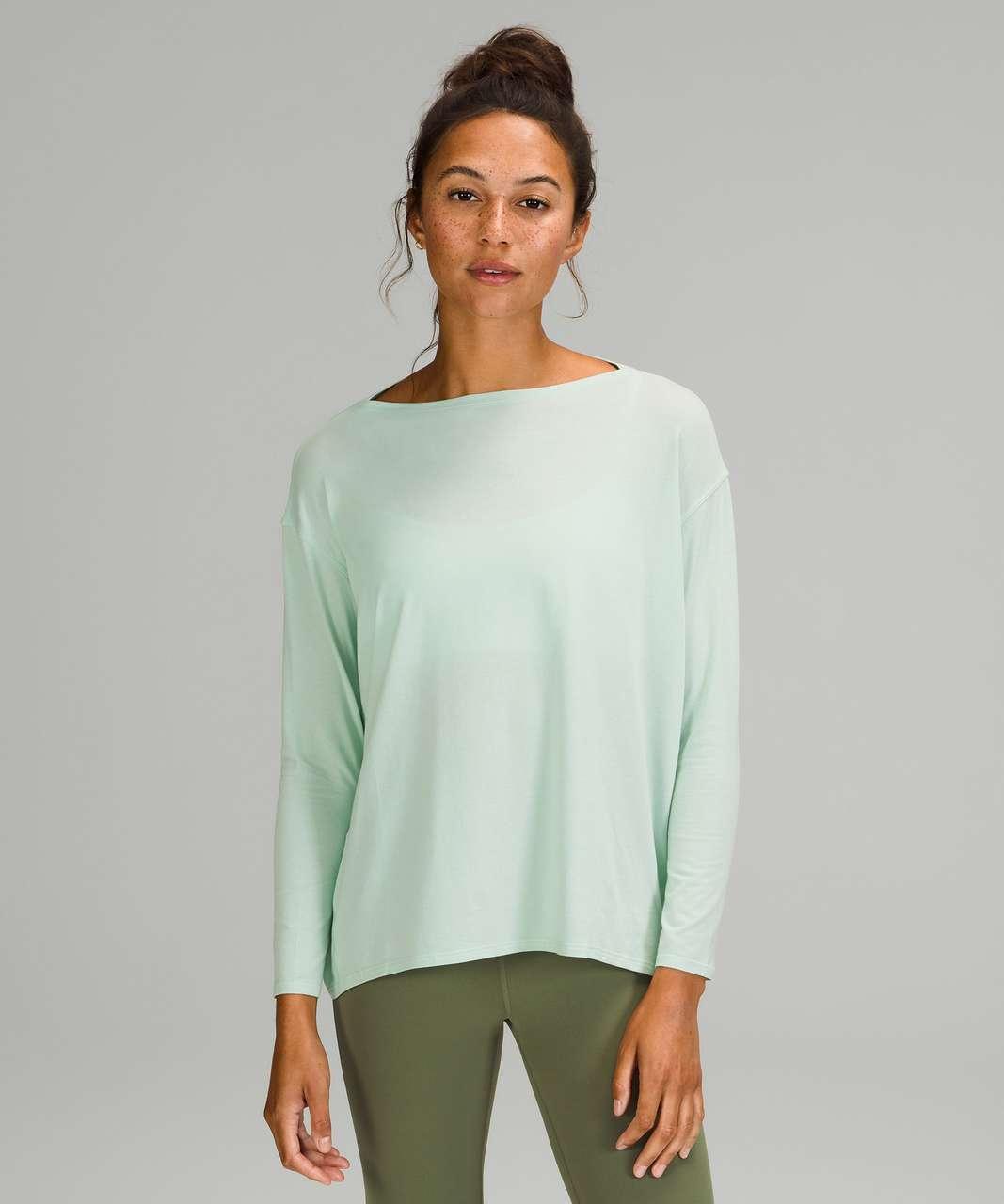 Lululemon Back In Action Long Sleeve Shirt - Delicate Mint