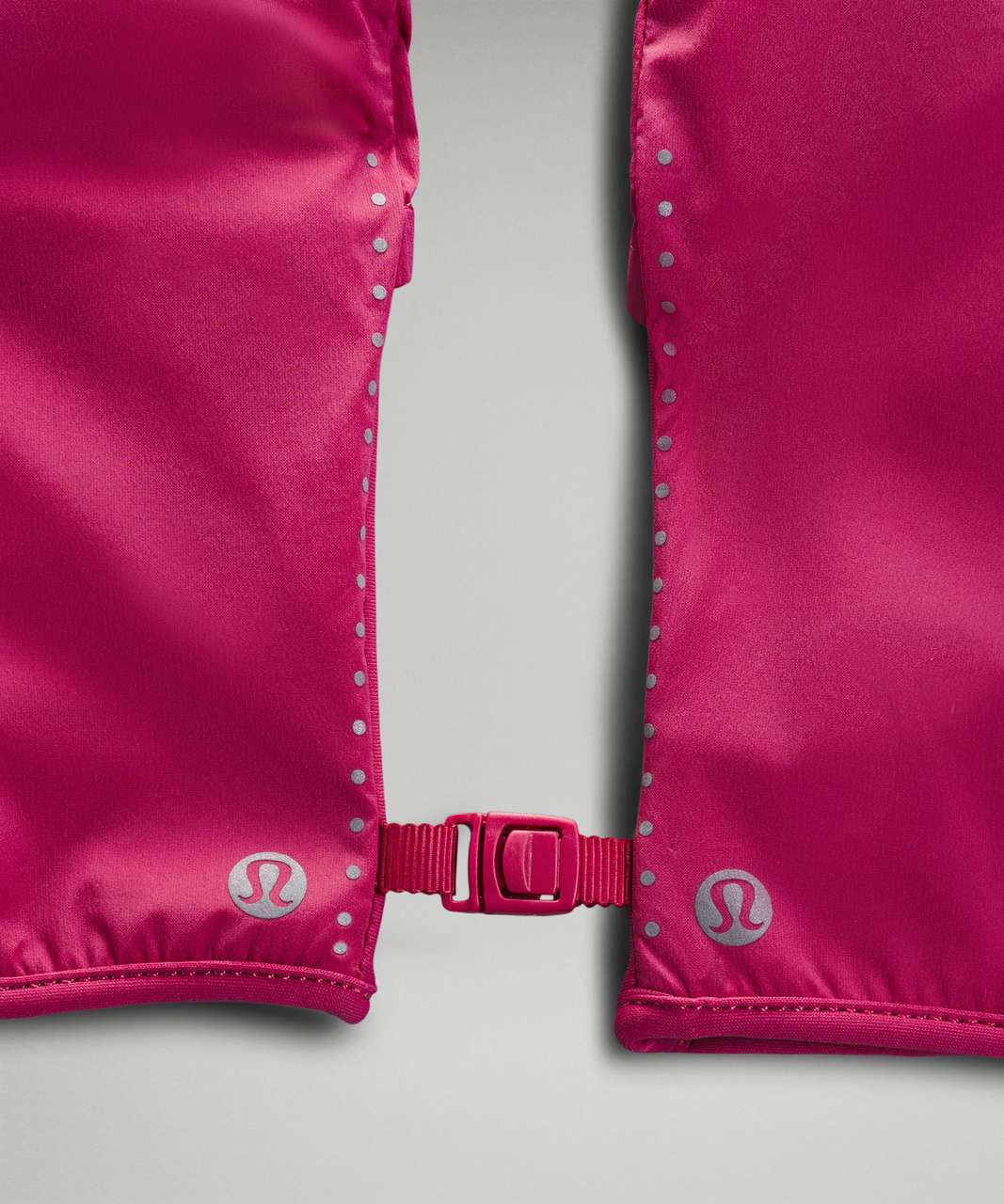 Lululemon Run for It All Hooded Gloves - Pink Lychee