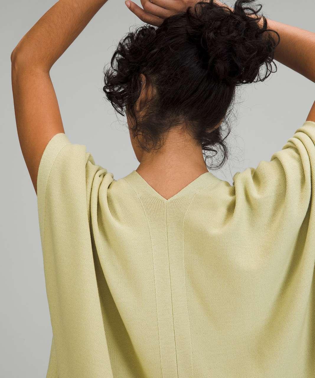 Lululemon Merino Wool Short Sleeve Wrap - Dew Green