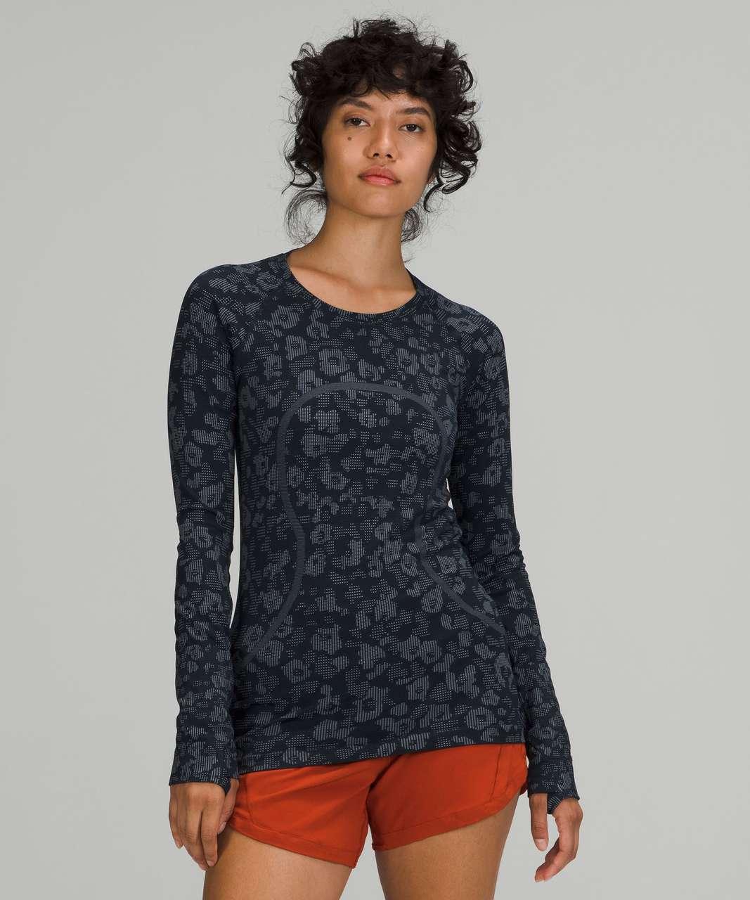 Lululemon Swiftly Tech Long Sleeve Shirt 2.0 - Dappled Floral True Navy / Ocean Air