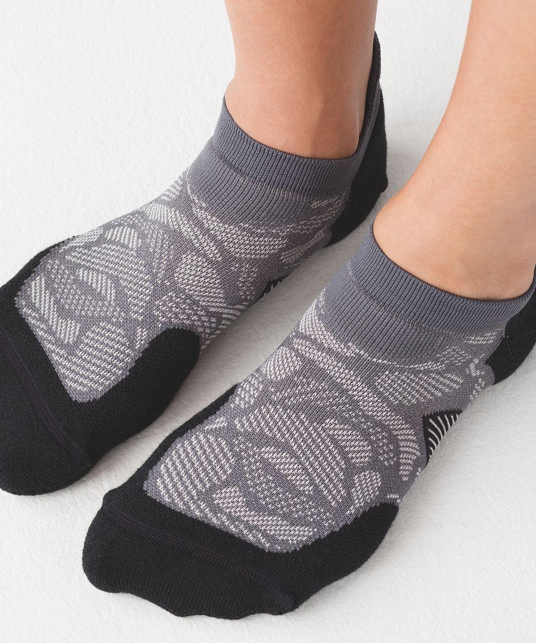 Lululemon High Speed Sock (Silver) - Dark Carbon / Black / Moonlit Magenta