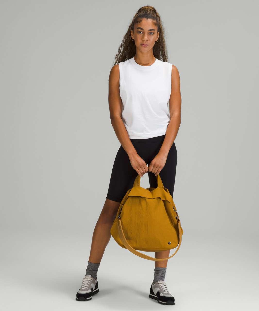 Lululemon On My Level Bag 19L - Gold Spice