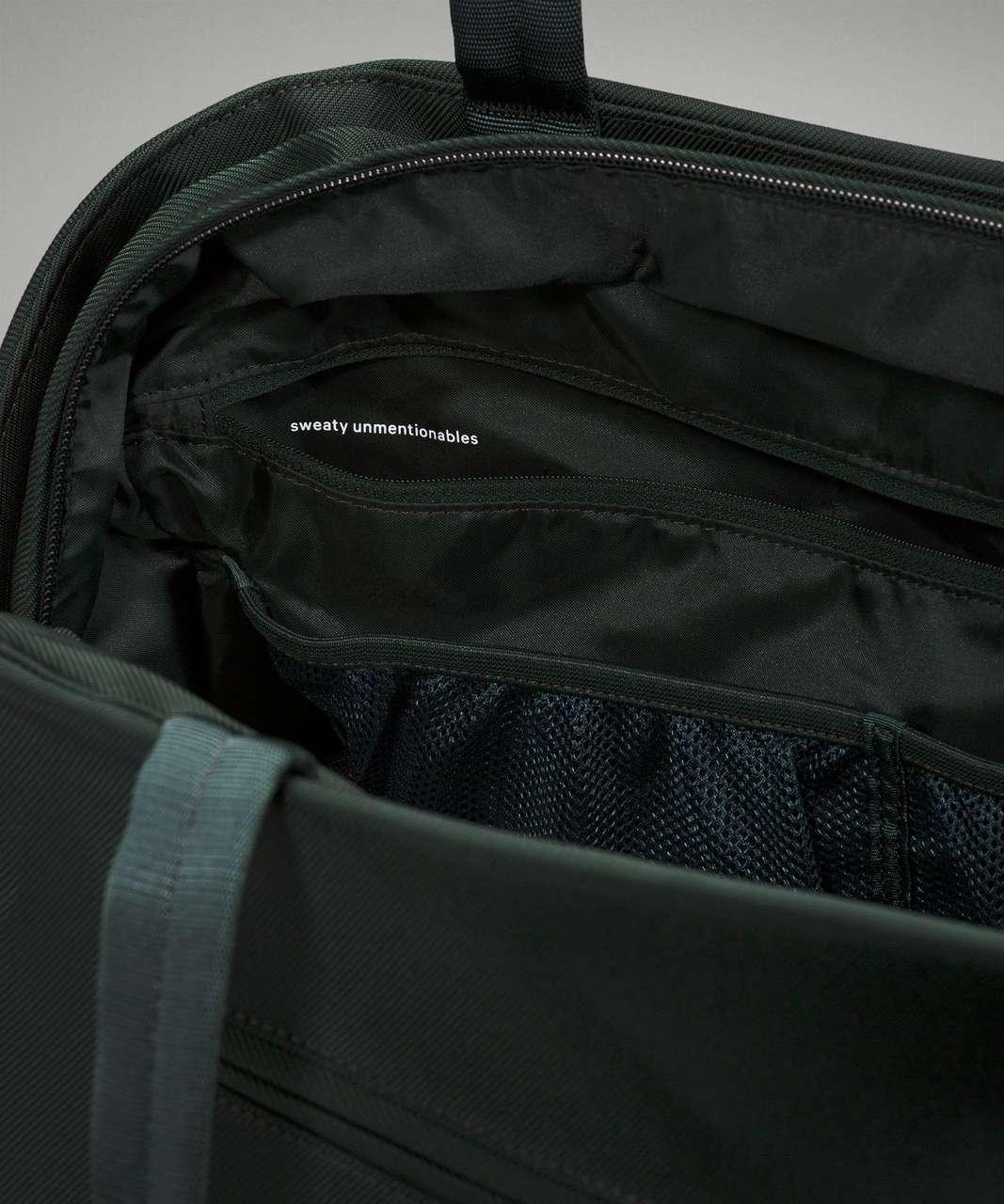 Lululemon Go Getter Bag 2.0 25L - Rainforest Green