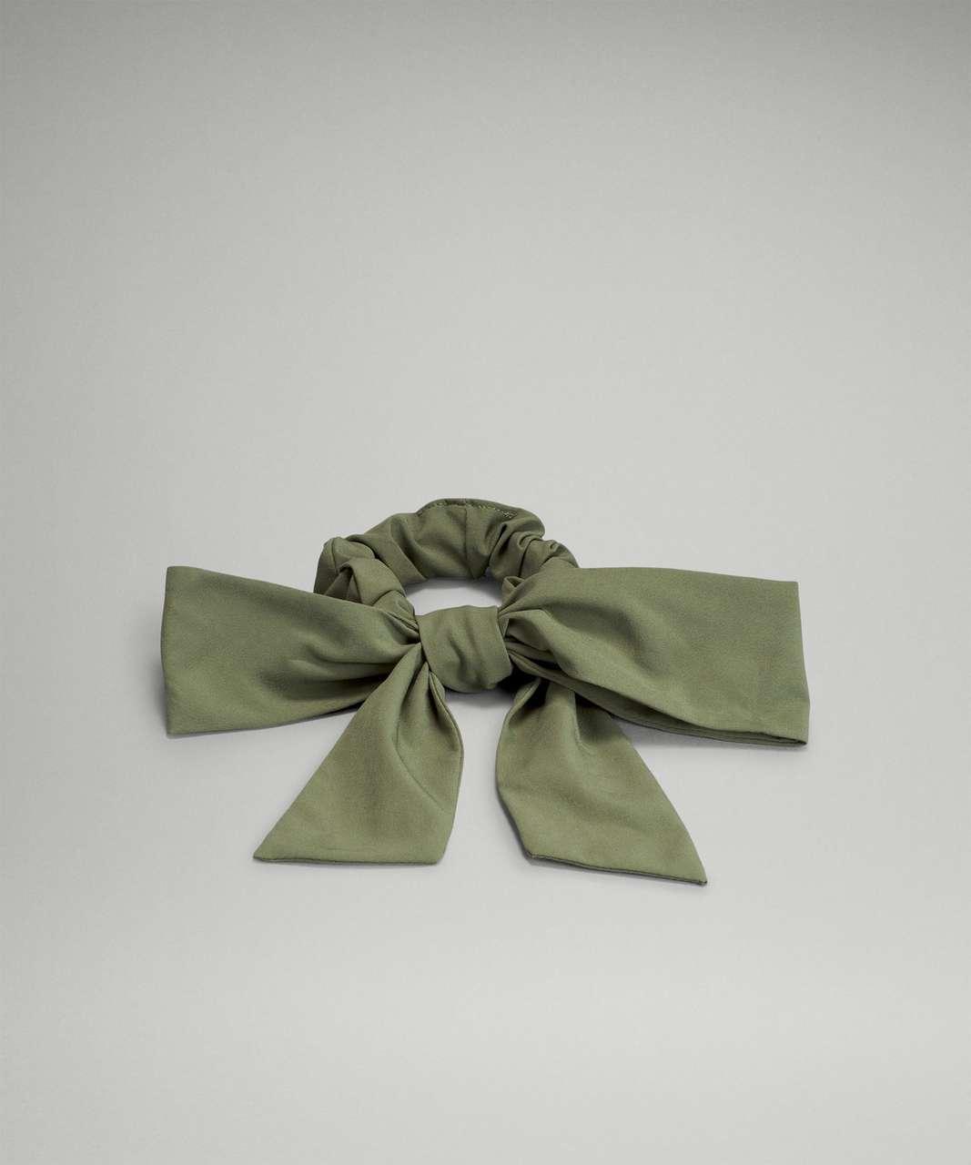 Lululemon Uplifting Scrunchie *Big Bow - Green Twill