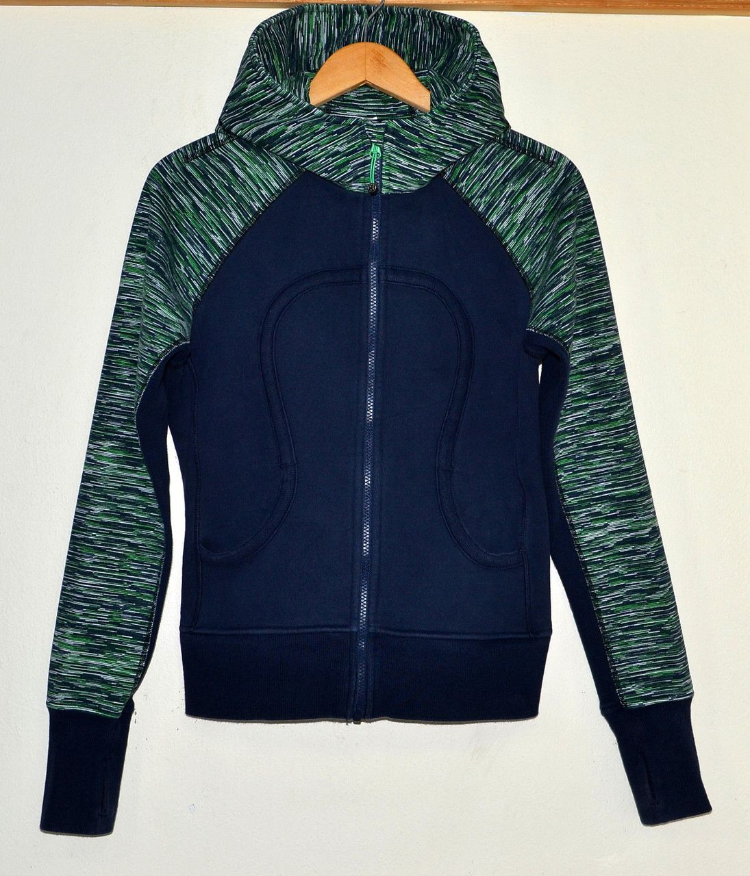 Lululemon Scuba Hoodie *Stretch - Green Bean / Inkwell Wee Are From Space