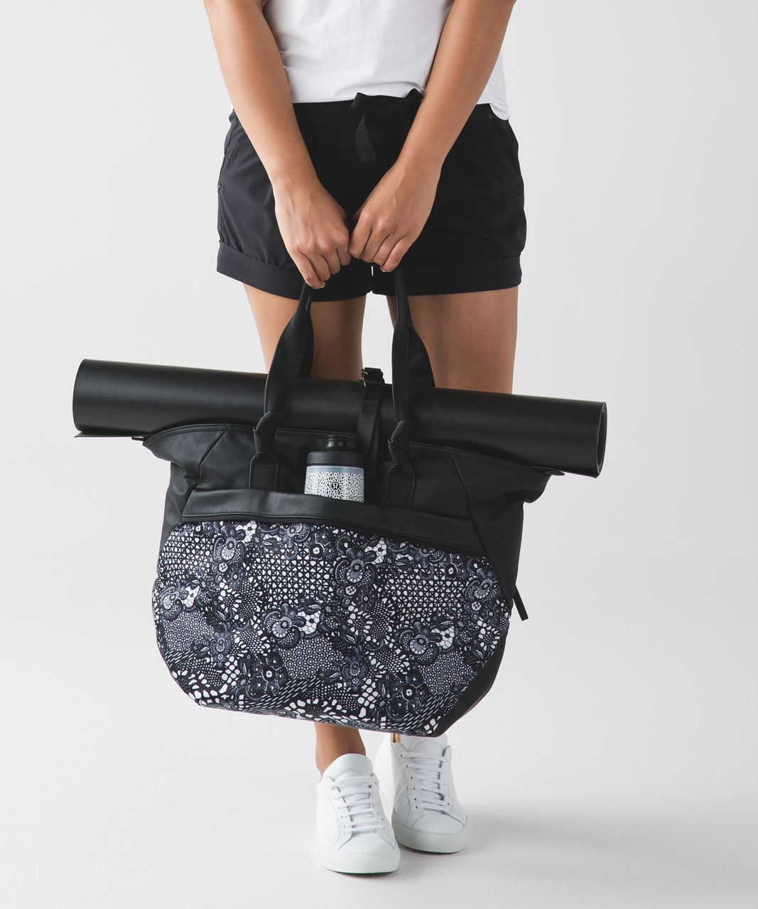 0d299914f3 Lululemon Everything Bag - Black / Pretty Lace White Black - lulu fanatics