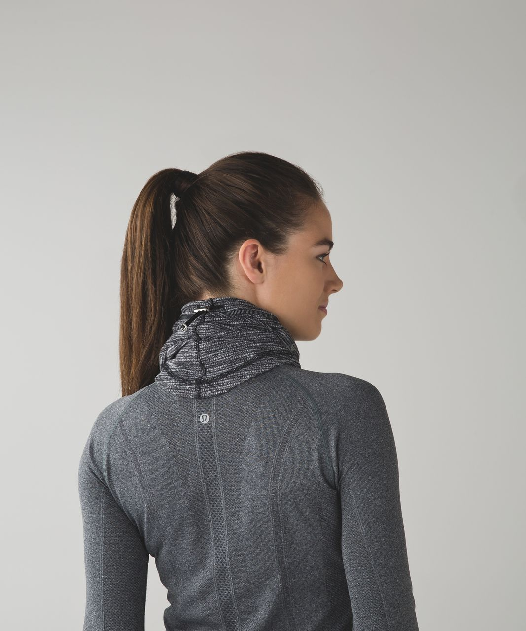 Lululemon Run And Done Neck Warmer - Coco Pique Black White