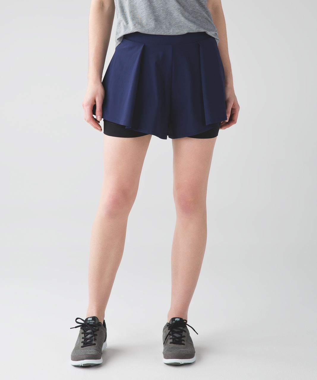 Lululemon Cruiser Short - Deep Navy / Black