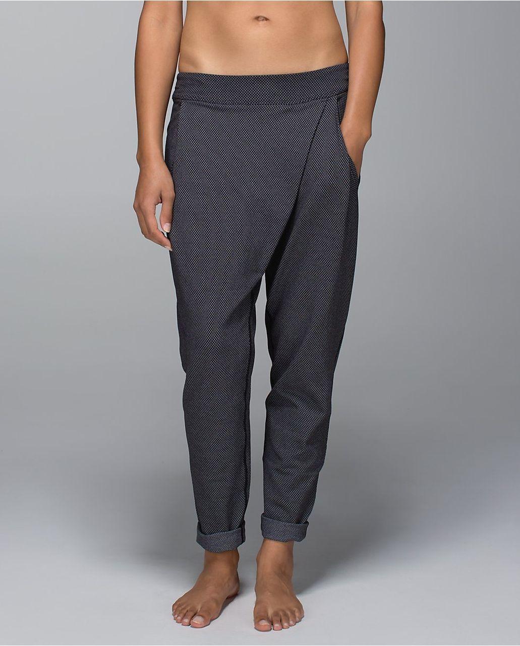 Lululemon Yogini Trouser Pant - Diamond Dot / Black