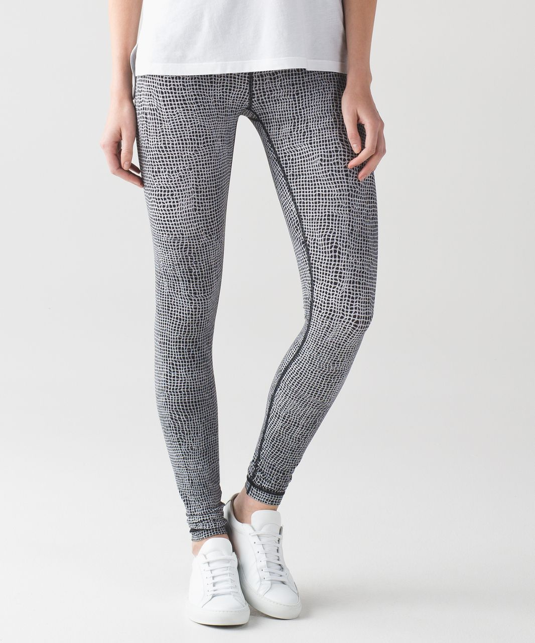 dcbd3a2fc Lululemon Wunder Under Pant III - Fall Net White Black - lulu fanatics