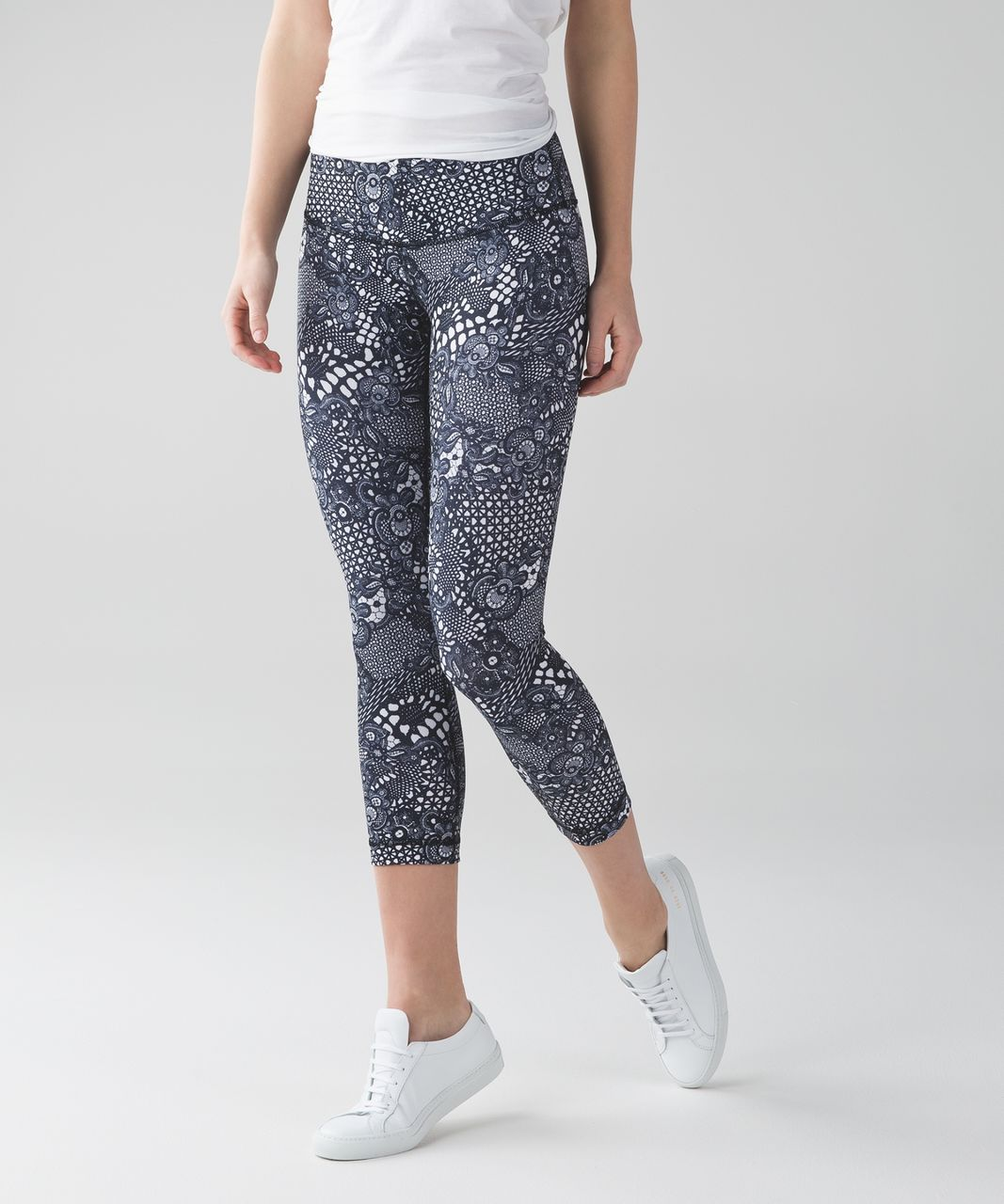 Lululemon Wunder Under Crop III - Pretty Lace White Black
