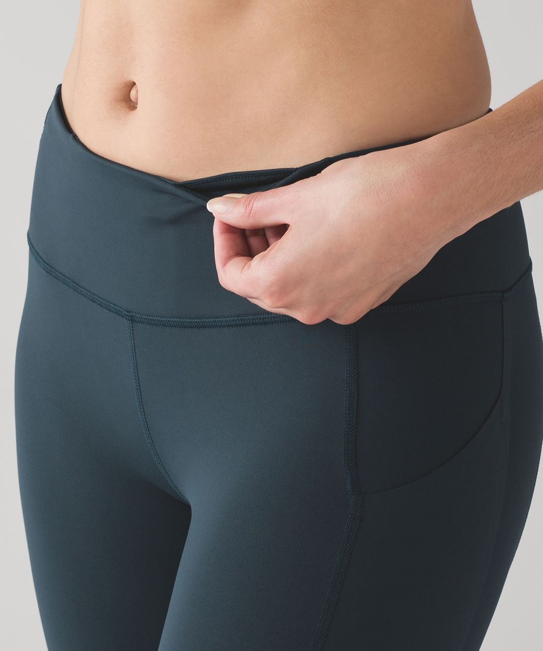 """Lululemon Pace Rival Crop *22"""" - Nocturnal Teal (First Release)"""
