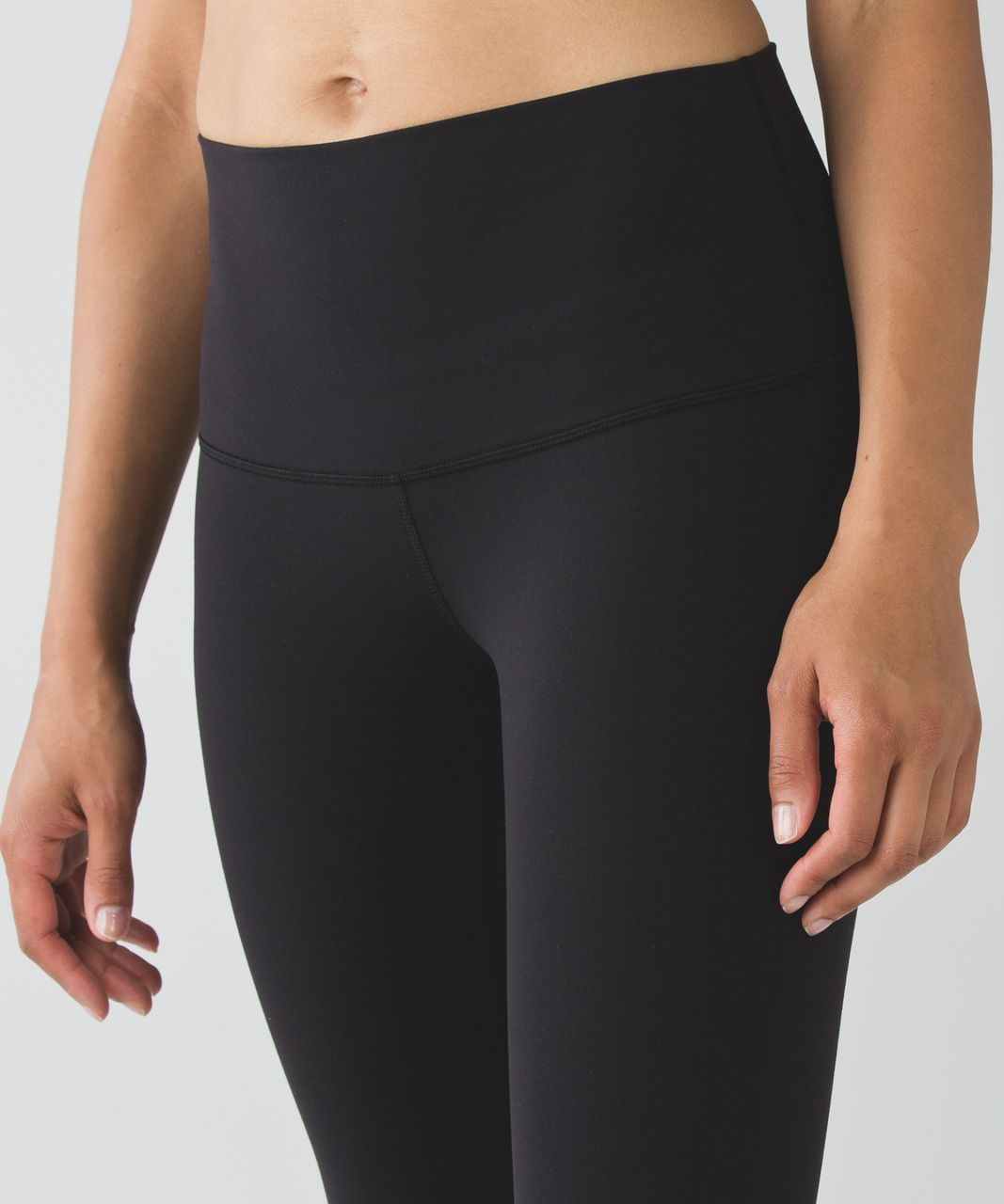 "Lululemon Wunder Under Crop (Hi-Rise) (21 1/2"") - Black"