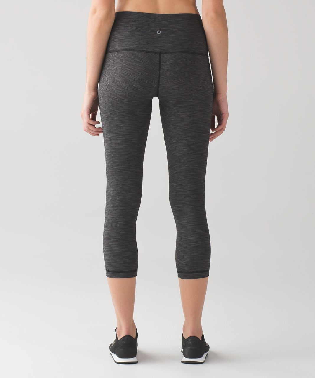 "Lululemon Wunder Under Crop (Hi-Rise) *Full-On Luxtreme 21"" - Heathered Black"