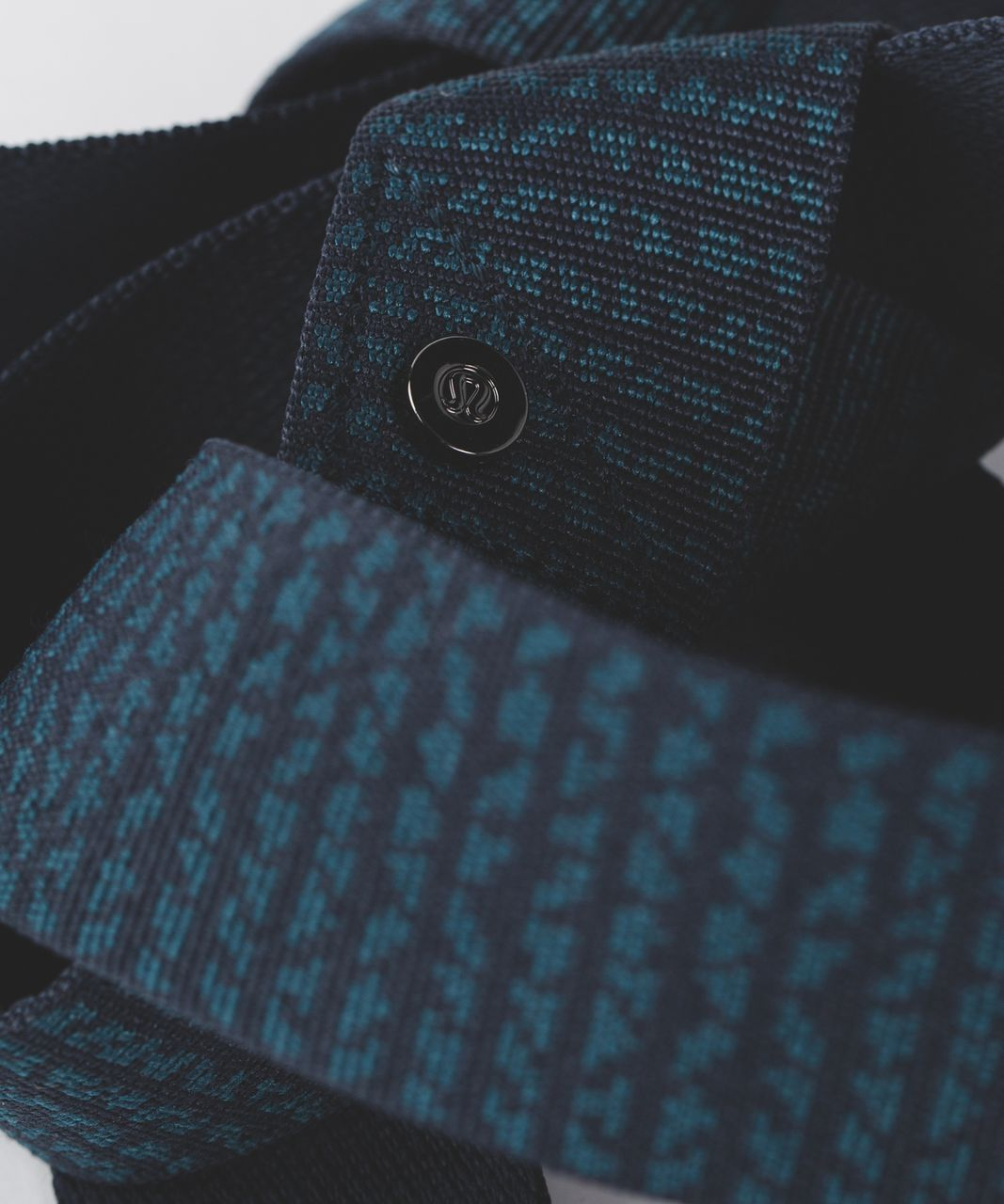 Lululemon Loop It Up Mat Strap - Nocturnal Teal / Alberta Lake