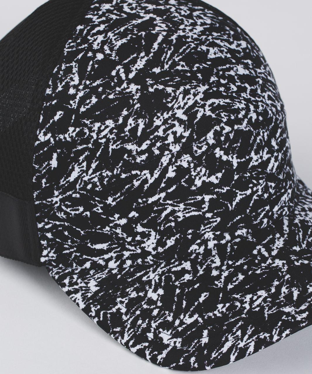 Lululemon Dash And Splash Cap - Iced Wave White Black / Black