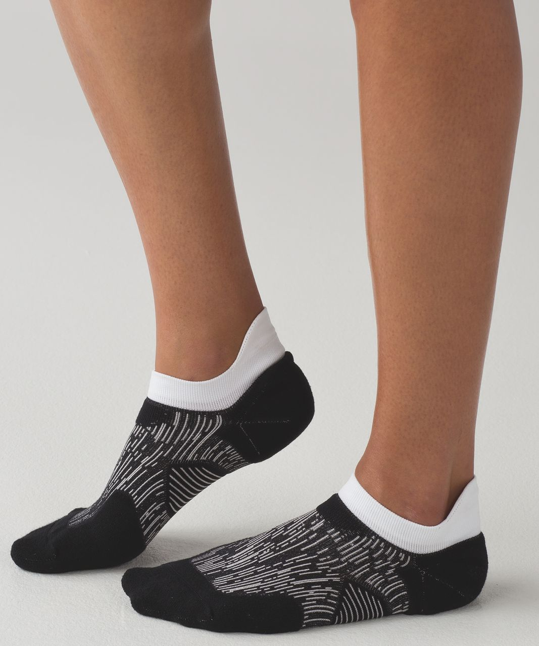 Lululemon High Speed Sock (Silver) - Black / White