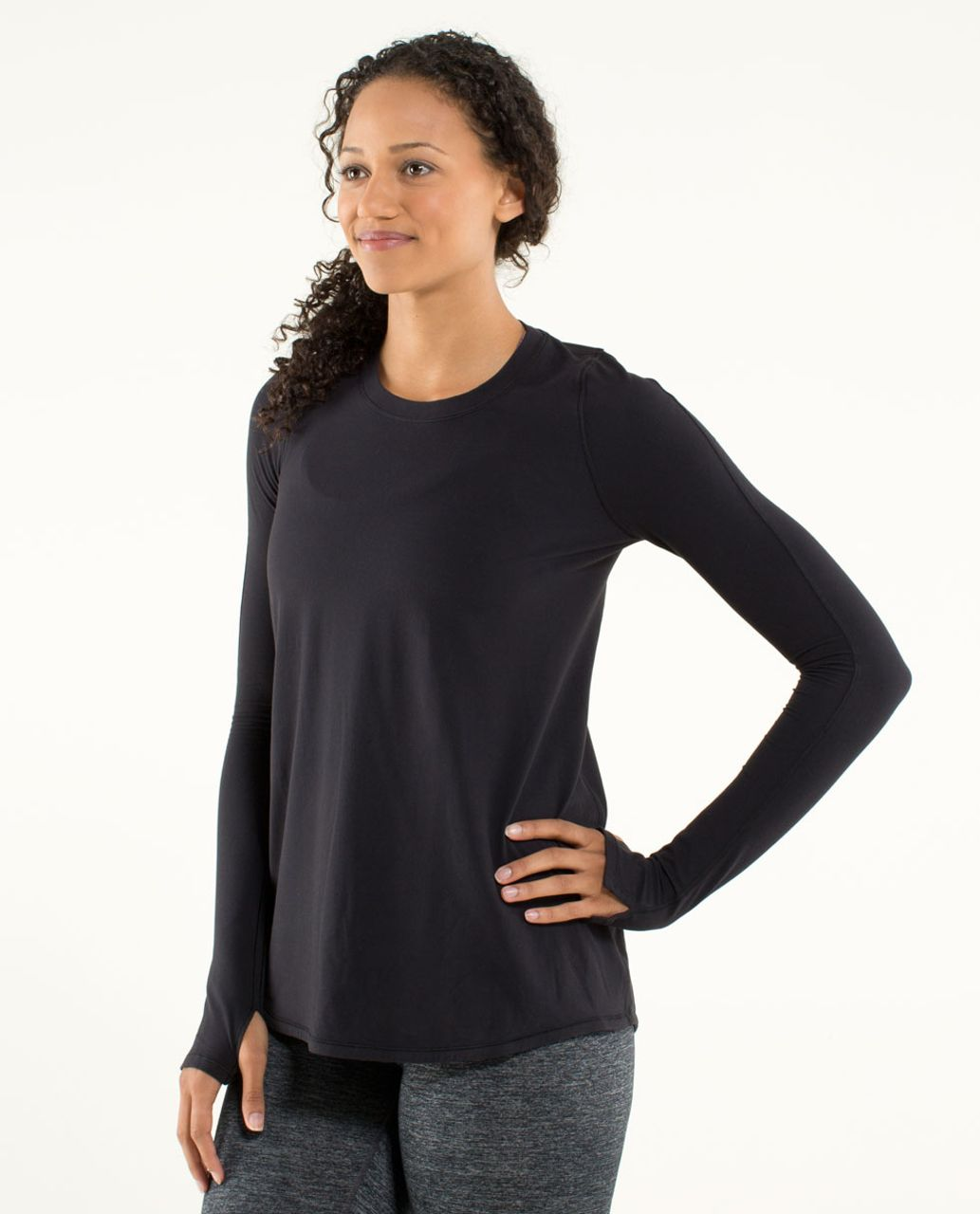 Lululemon Tuck and Flow Long Sleeve - Black