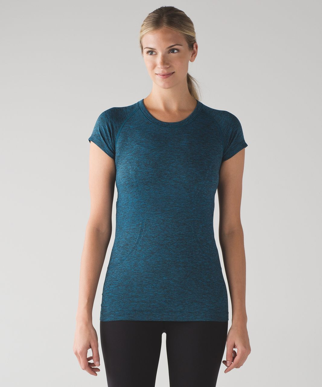 Lululemon Swiftly Tech Short Sleeve Crew - Capri / Black