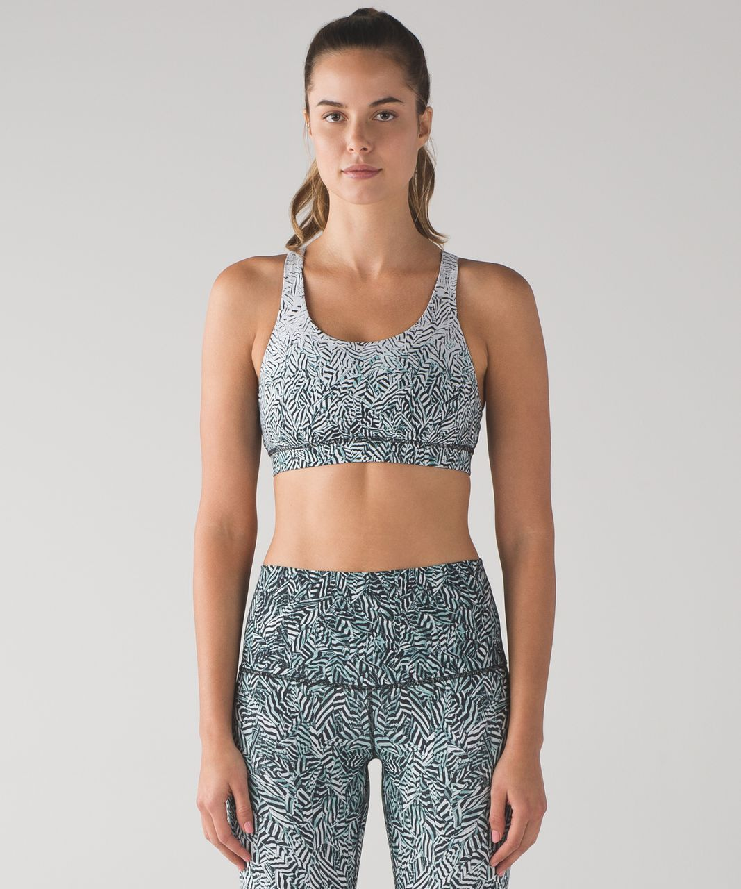 Lululemon Energy Bra (Nulux) - Dazzle Energy Bra 50g Alpine White Black