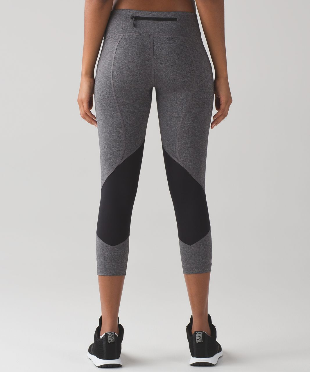 "Lululemon Pace Rival Crop (19"") - Heathered Black / Heathered Slate"