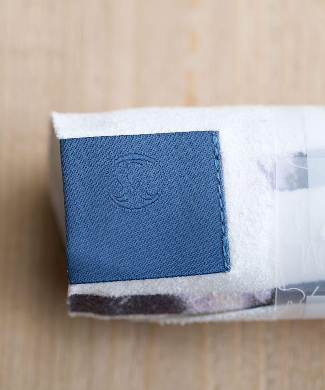 Lululemon The (Small) Towel - Sunset Stripe Blush Quartz Multi