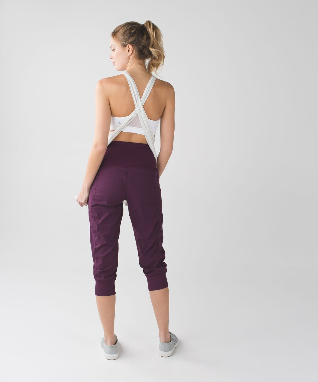 Lululemon In Flux Crop - Plum