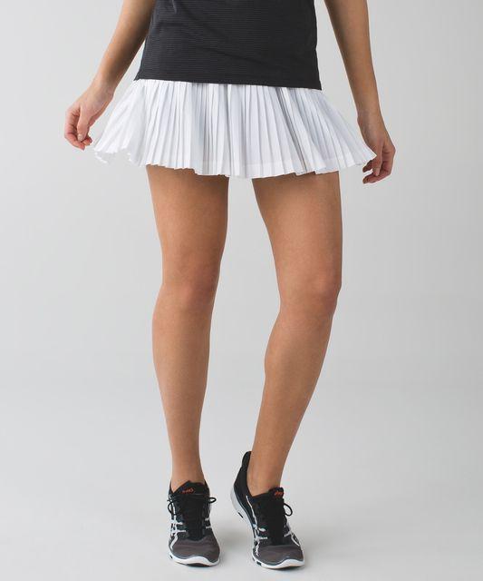 30ff74f88e Lululemon Pleat To Street Skirt II - Floral Backdrop Black Multi ...