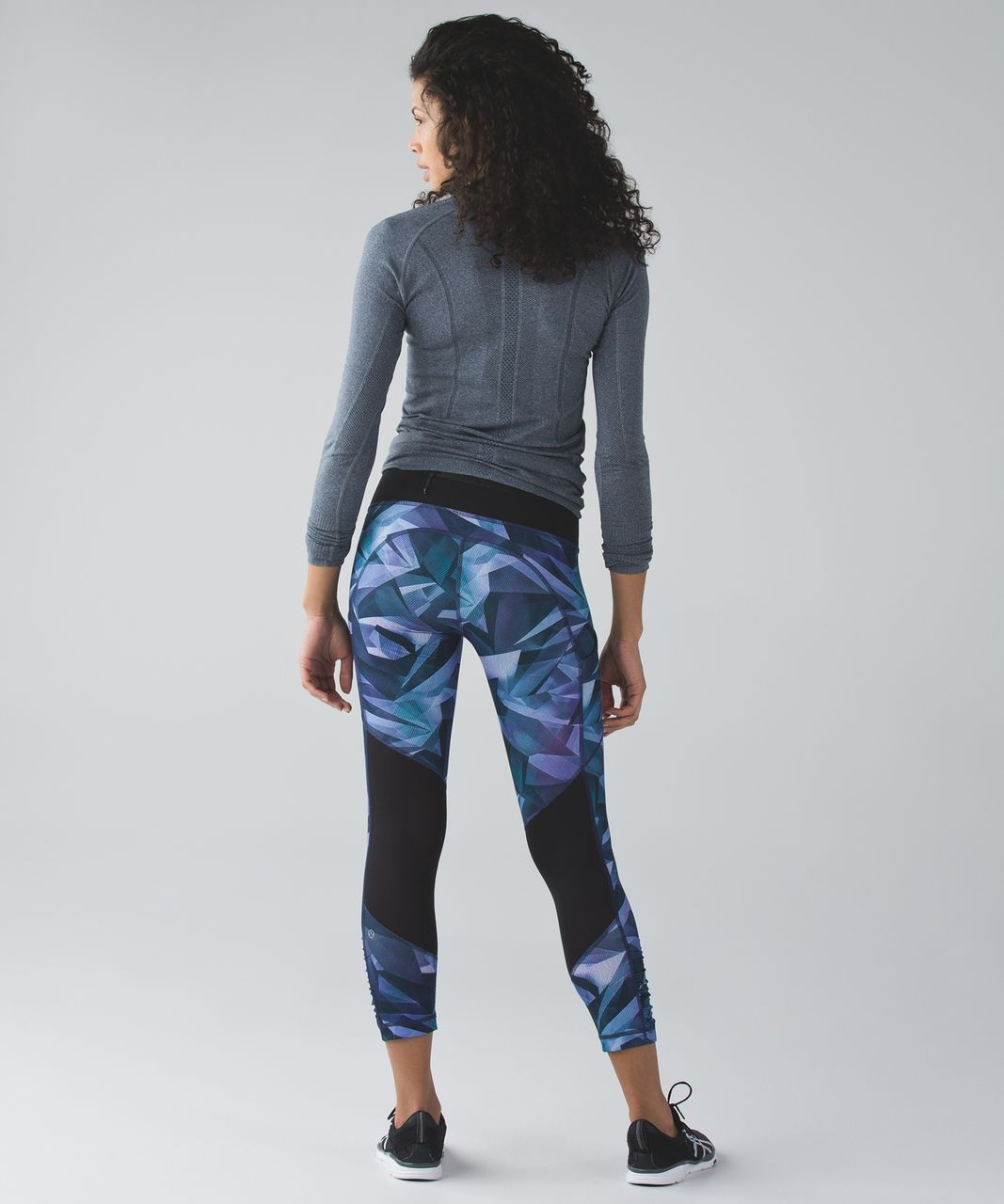 Lululemon Speed Crop - Pretty Prism Multi / Black