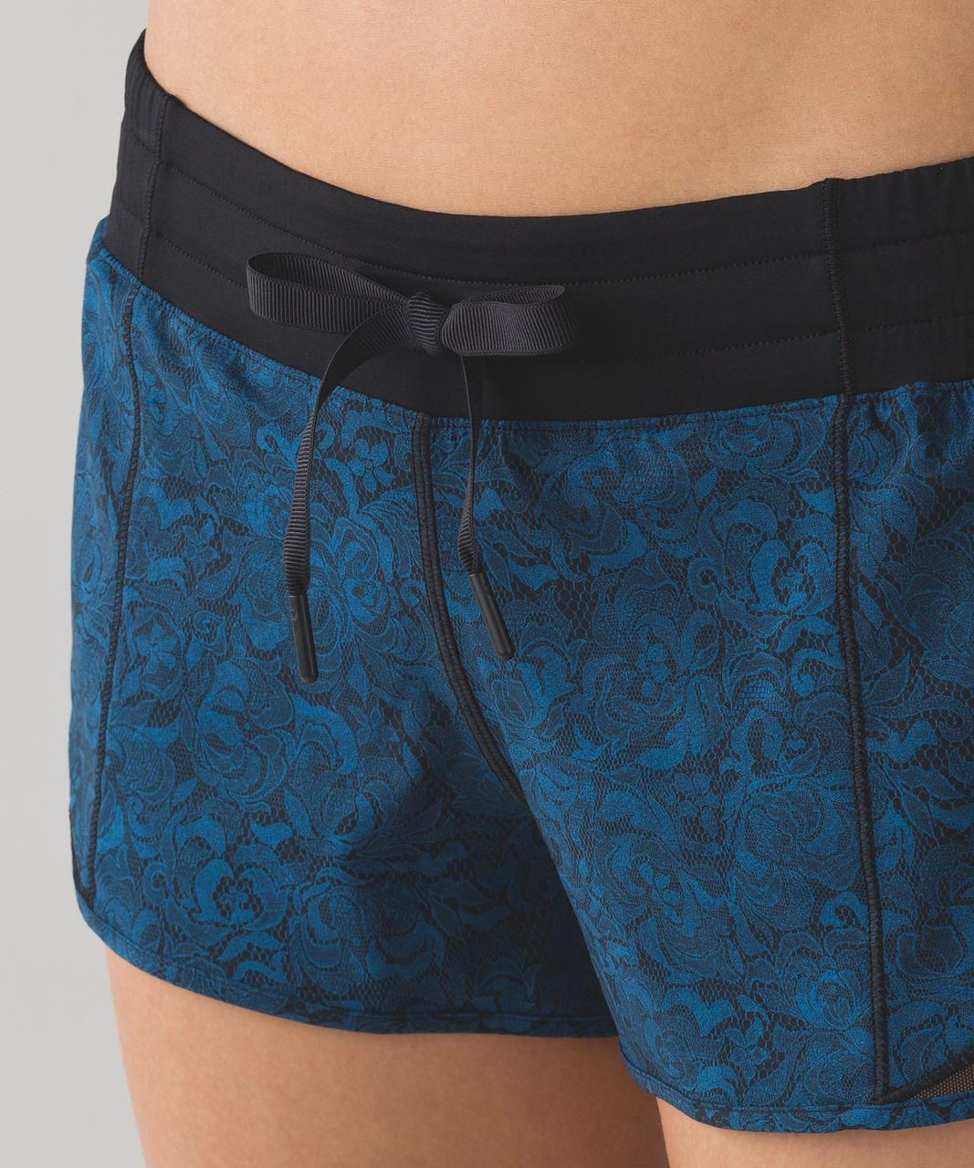 "Lululemon Hotty Hot Short (2 1/2"") - Mini Park Lace Multi Black"