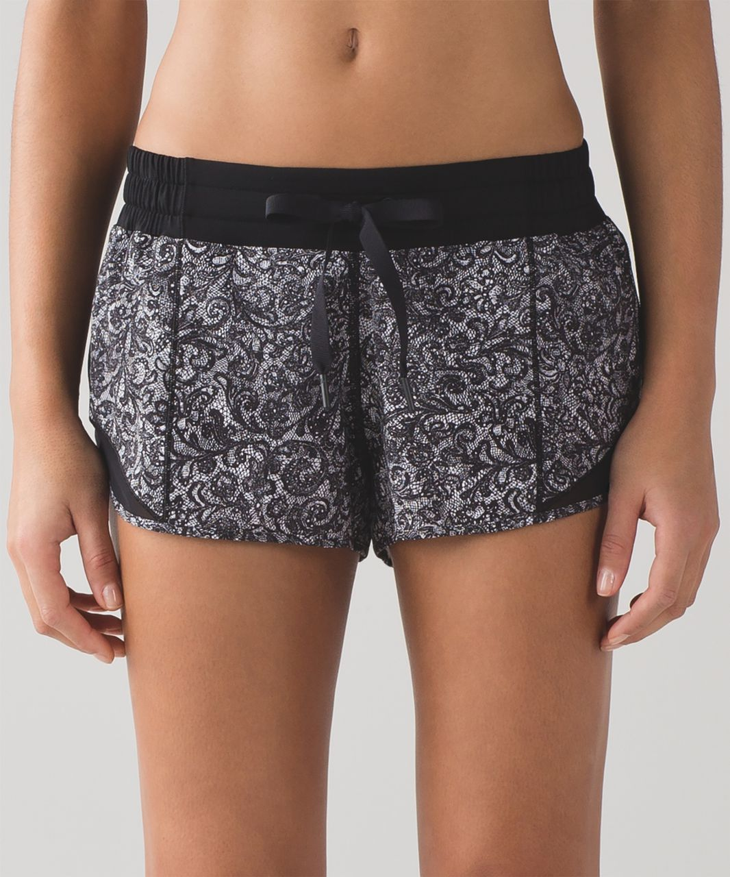 "Lululemon Hotty Hot Short (2 1/2"") - Mini Cinder Lace White Black / Black"