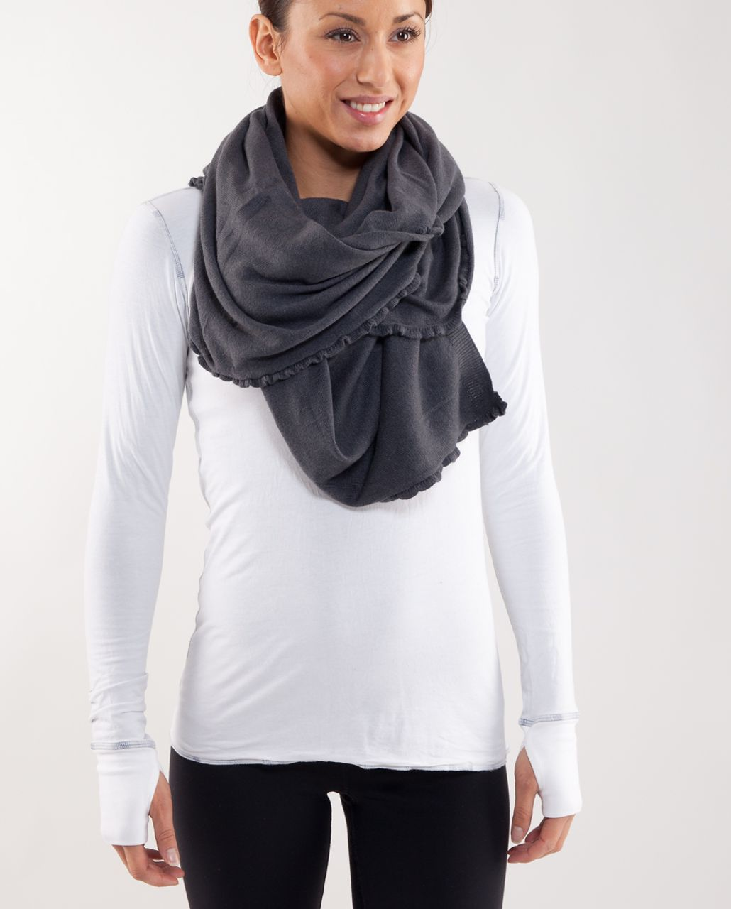 Lululemon Allegro Scarf - Heathered Coal