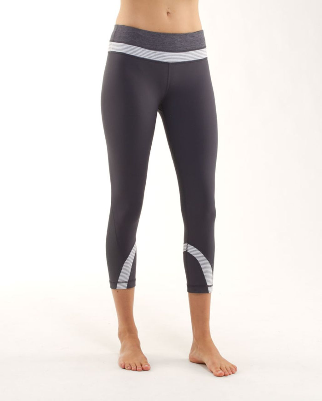 Lululemon Run: Inspire Crop II - Coal / White Heathered Blurred Grey Classic Stripe