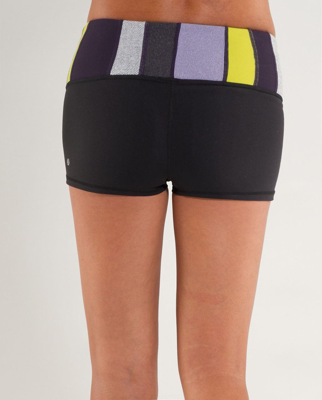Lululemon Boogie Short - Black /  Quilting Winter 10