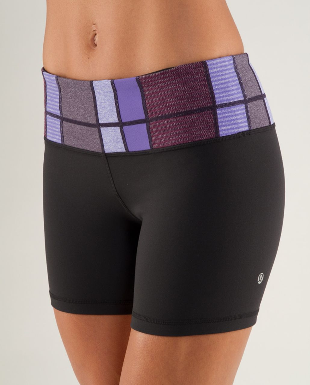 Lululemon Groove Short - Black /  Quilting Winter 3 /  Quilting Winter 3